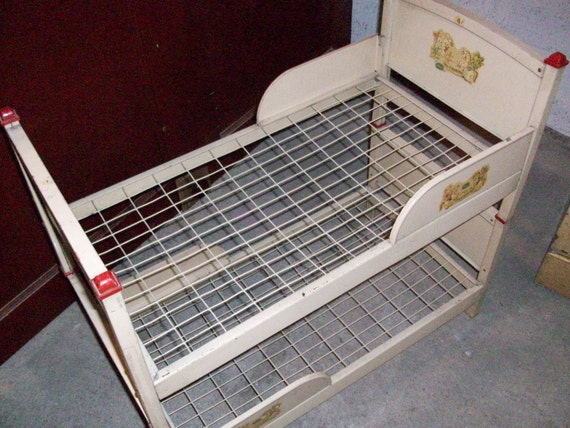 Vintage Amsco Metal Doll E Bunk Bed With Original Paint And