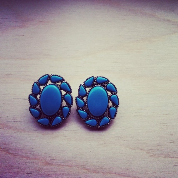 SALE Vintage Turqouise Stone Filled Earrings 1950's