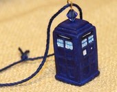 Doctor Who - TARDIS Mini Ornament with Crystal