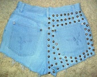 Studded Embroidery High Waist Shorts