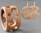Wooden bangle earrings SUMMER BREEZE (6,8cm/2.7in)
