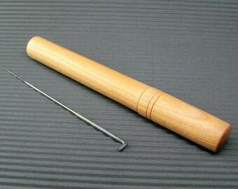 Wooden felt needle case SAFETY FELT