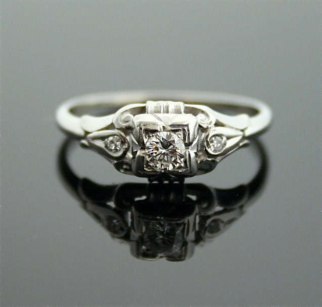 1930s engagement ring white gold and diamond antique ring. Black Bedroom Furniture Sets. Home Design Ideas
