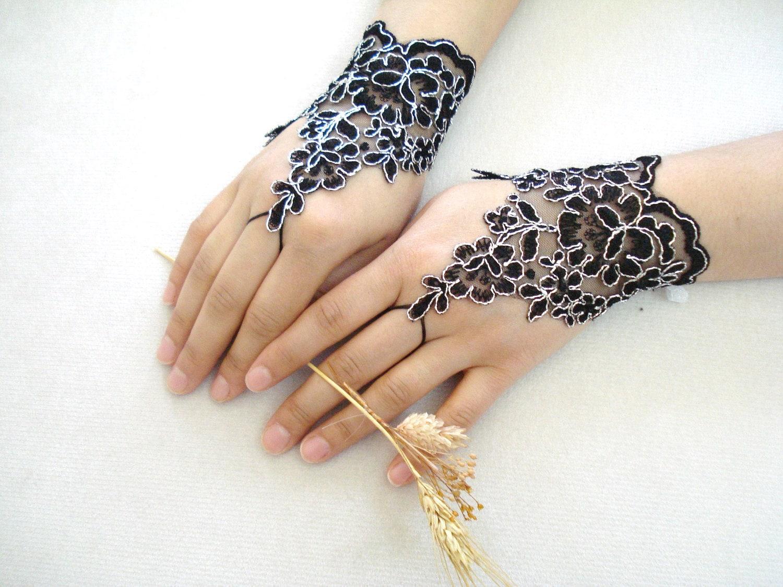 Top black fingerless gloves for women images for pinterest for Lace glove tattoo