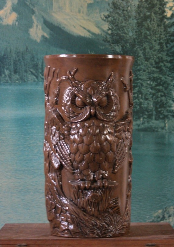 Owl Umbrella Stand with Design in Half-Relief Detail