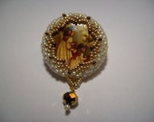 A lovely christmas brooch 1'' / 3 cm white and gold miyuki seed beads