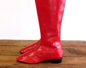 Red Vinyl Boots 8 / 60s Mod Tall Boots / Go Go Boots 8 / Shoes 8