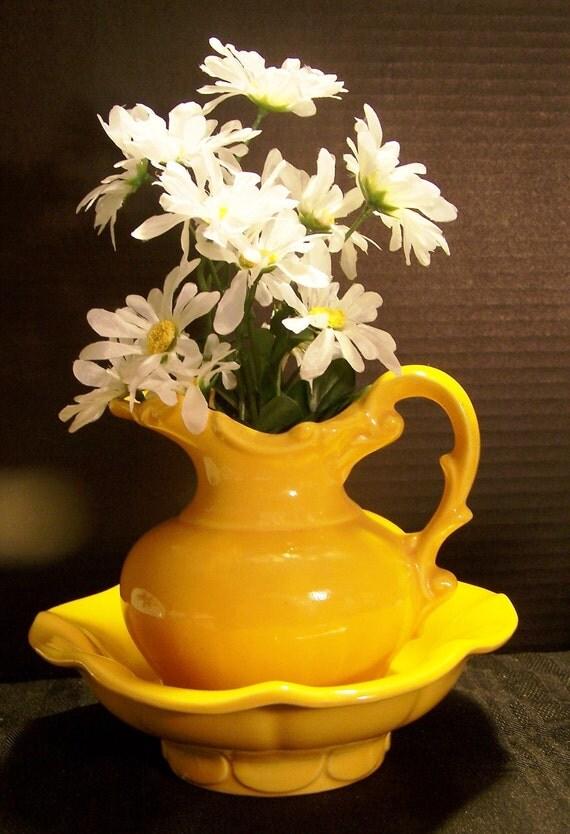 Very Rare Vintage McCoy 2-Piece Ceramic Pitcher & Basin Set / Bright Yellow / Vase / Collector / Kitsch
