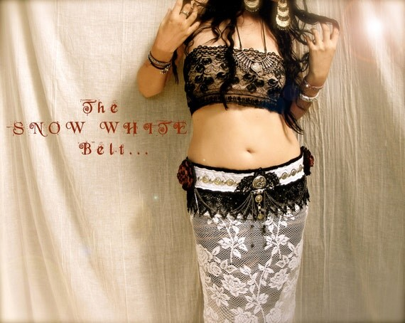 The 'Snow White' belt by rose raven