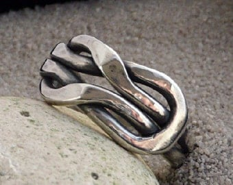 Silver knot Ring, Love Knot Ring,  Infinity Knot Ring, Sailors Knot, Eternity Knot ring, Silver Eternity Ring, Metalsmith Jewelry, Handmade