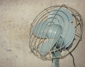 Vintage Dominion Oscillating Desktop or Wall Fan - In Working Condition