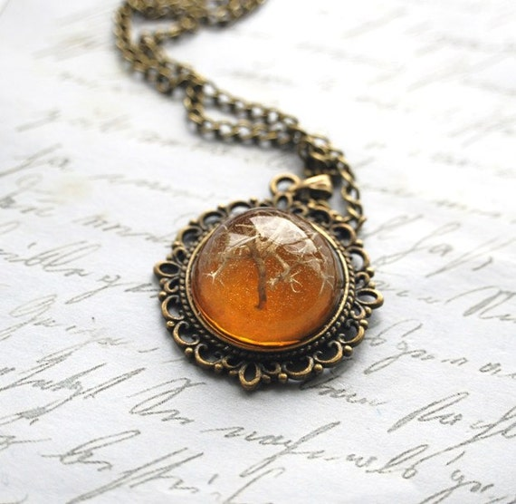 Tree of Llife Necklace Real Woodland Moss Specimen Amber Honey Necklace Resin Jewelry Miniature Tree Small Pebble Shape