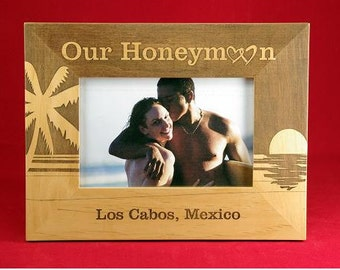 "4x6 Honeymoon Vacation Beach Engraved Custom Personalized 4"" x 6""  Photo Picture Frame"