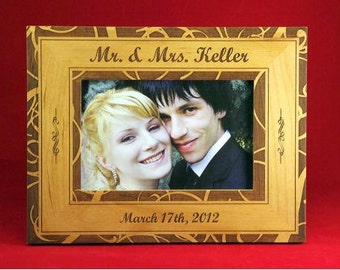 "4x6 Just Married or Engagement Elegant Engraved Custom Personalized 4"" x 6"" Photo Picture Frame"