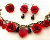 Set of red roses - Bracelet, Earrings and a ring