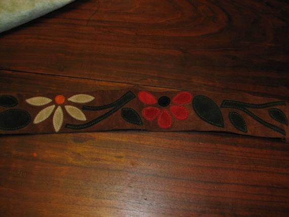 Vintage leather flower belt