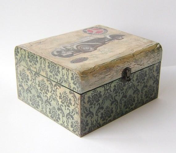 Black  Mercedes Vintage Look Wooden Trinket / Memories / jewelry box for Men / Valentines Day