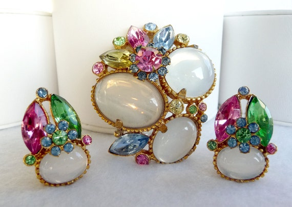 Summer Delights - Moonglow & Pastel Brooch/Earring Set   1363ag-040810000