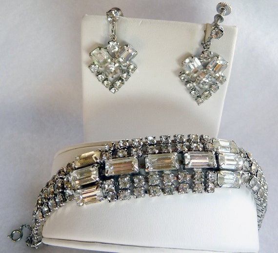 Vintage Rhinestone Bracelet & Earrings Demi Parure Set - 1365ag-040810000