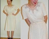 vintage 50s Pale Yellow Beaded Neckline Cream Sweatheart Dress