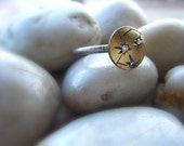 Diamond Starburst and 18K Yellow Gold Constellation Small Domed Ring