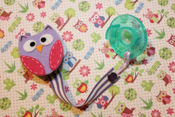 Owl Soothie Pacifier Clip (purple&pink)