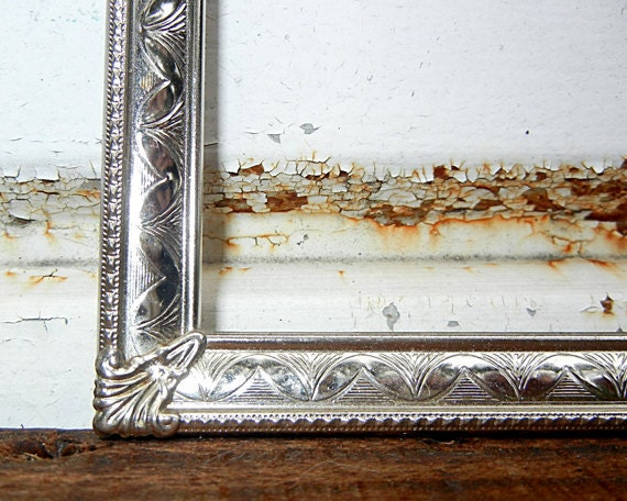 LARGE 11 x 14 Vintage Silver METAL FRAME  - Antique and Beautiful and Ornate