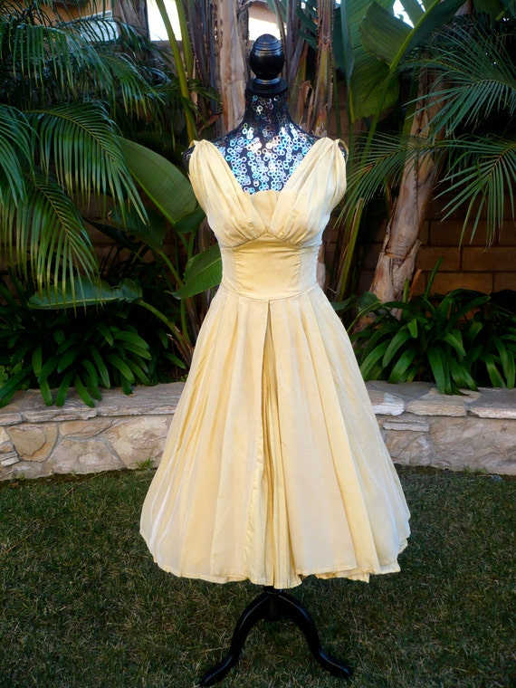 Vintage 1950s Gold full circle dress
