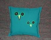 SALE Owl Eyes Felt Applique Decorative Pillow
