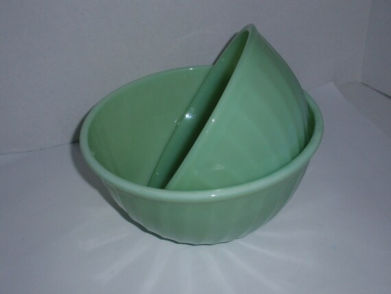 """Lot (2)  1 ea  8"""" & 9"""" Fire King Oven Ware Jadite Jadeite SWIRL Mixing Bowls 1950's Made in USA"""