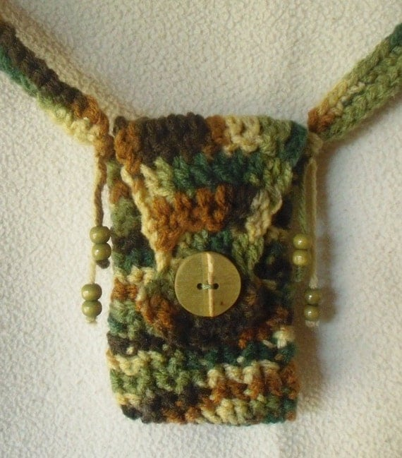 Cell Phone Shoulder Purse-Crochet Eathtones with Bamboo/Wood Bead Accents