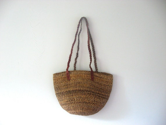 1970s sisal bag // brown straw bucket bag with red leather straps