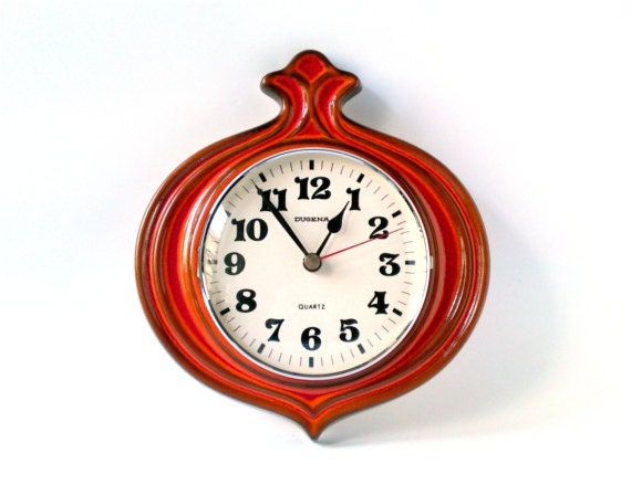 Vintage wall clock West German pottery ceramic red tangerine tango Dugena onion Made in Germany Mid-Century 60s 70s