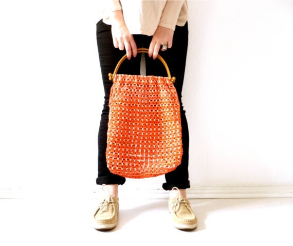 SALE Vintage tangerine shopping bag hand beach crocheted purse 70s orange tangerine tango summer wooden handles
