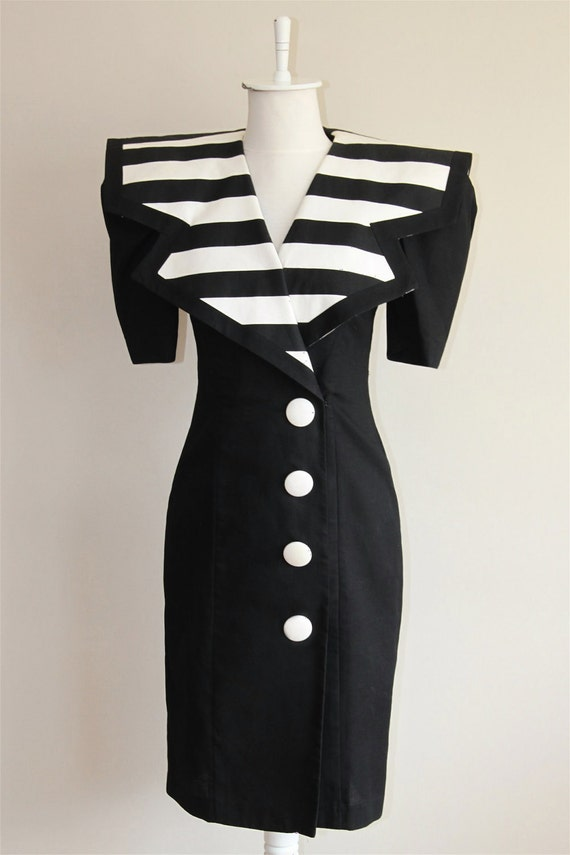 80s Oversize Stripped Colar Black and White Dress