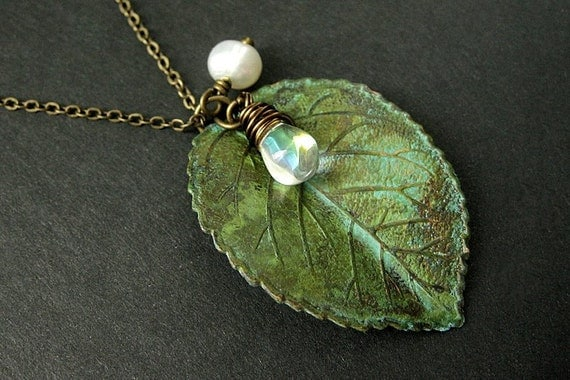 Leaf Necklace Charm Necklace in Green with Wire Wrapped Teardrop and Fresh Water Pearl. Handmade Jewelry.