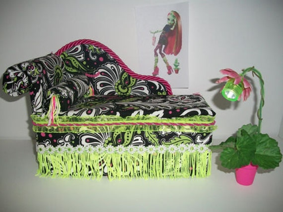 Furniture for Monster High Dolls Handmade Chaise Lounge Bed for Venus McFlytrap with Bolster Pillow and Working Lamp