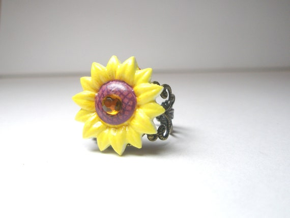 Sunflower Ring,  Sunflower Jewelry, Floral Jewelry, Summer  Yellow Ring- Vintage Style Ring' Antique Brass Filigree Adjustable -sale