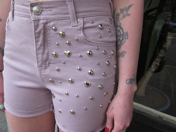 III Pastel Pink Lavender Heart Studded 90s Party Cutoffs III