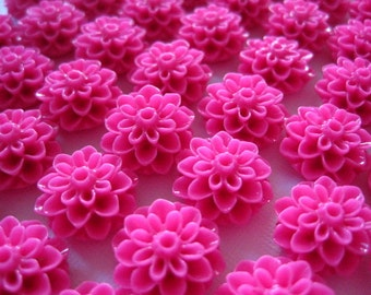 Flower Cabochons / 6 pcs Resin Cabochon Flowers/ Fuchsia Dahlia Mum Flower 15mm
