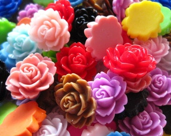 Resin Cabochons / Resin Flower Cabochons 12 pc Mixed Lot 18mm x 16mm.... Perfect for Bobby Pins
