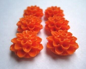 Resin Cabochon Flowers / 6 pcs Orange Resin Dahlia Mum Cabochon Flowers