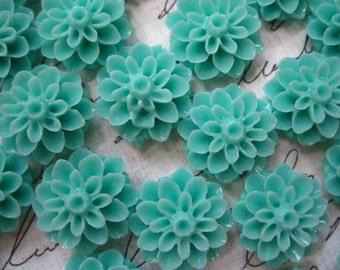 Resin Flower Cabochons / 6 pcs Light Turquoise Resin Dahlia Mum 15mm