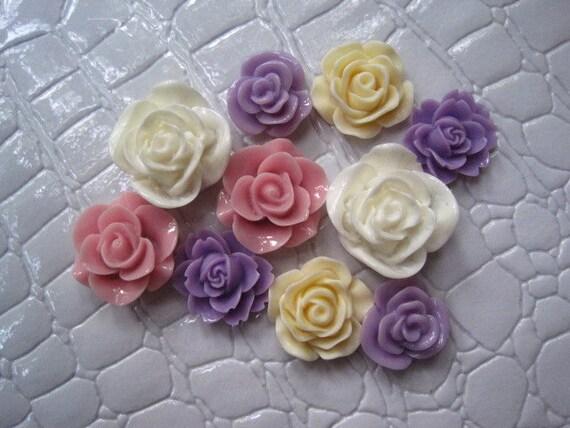 Resin Flower Cabochons / 10 pcs Mixed Lot Resin Dahlia Mum Rose