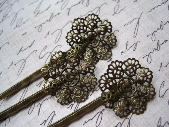 Filigree Bobby Pin, 6 to 20 pcs 20mm Antique Bronze Filigree Lace Bobby Pin with Pad for Cabochon Flowers