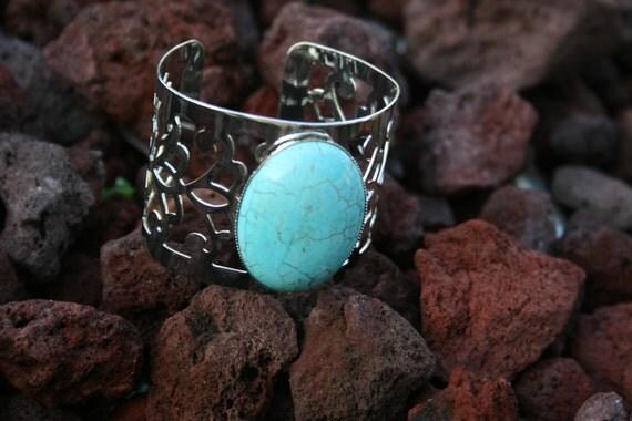 Stunning Turquoise Gemstone Cuff Bracelet