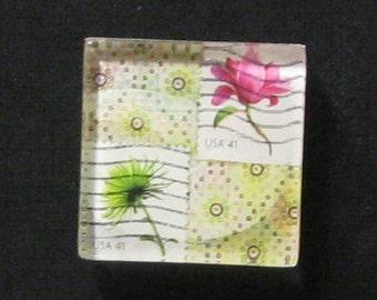 Hand Made Pink Green flower  Magnet