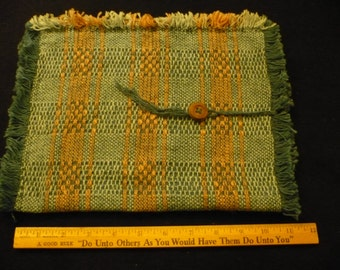 Tablet pc sleeve from handwoven material