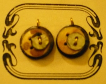 Mother of pearl earring pendants made from vintage buttons