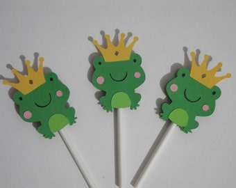 Frog with crown cupcake toppers.